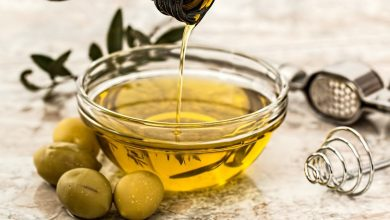 فوائد زيت الزيتون على الريق لصحة جسمك