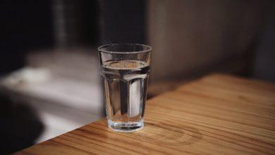 Photo of فوائد شرب الماء بكثرة : 10 فوائد عظيمة للإنسان